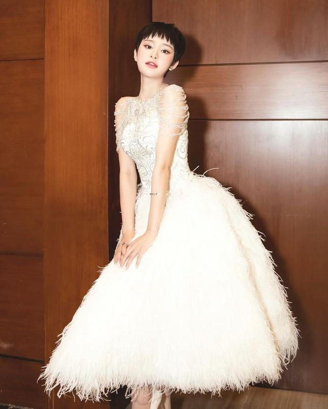 Rồi một ngày Hồ Ngọc Hà cũng nói về tình yêu hay là đám cưới cùng Kim Lý? ảnh 8