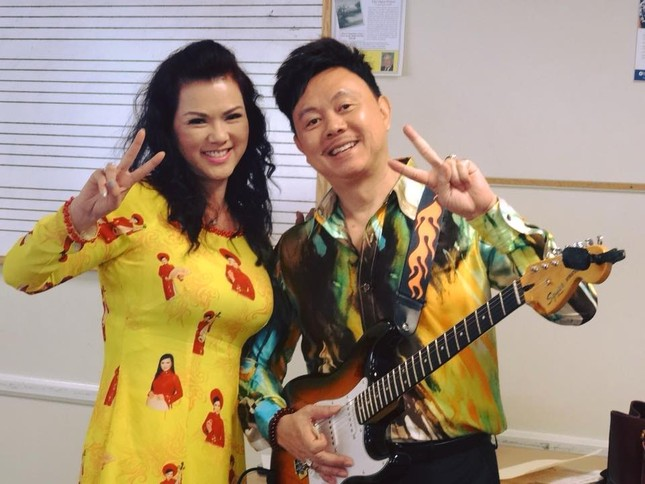 """Cặp vợ chồng """"đáng nể"""" nhất showbiz Việt: Mối tình dìu dắt nhau qua biết bao đêm dài ảnh 3"""