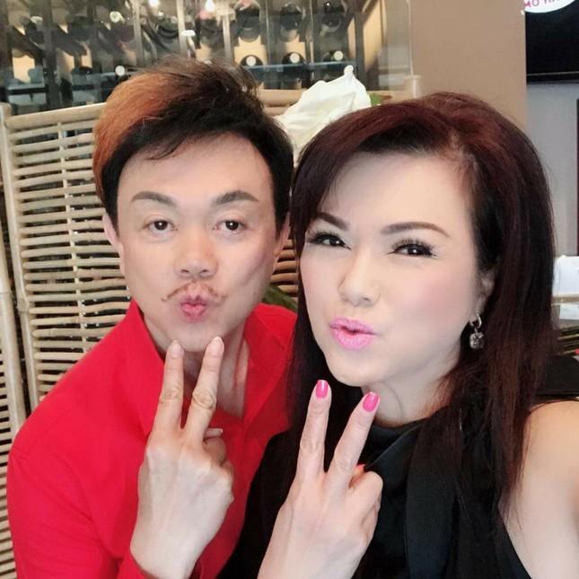"""Cặp vợ chồng """"đáng nể"""" nhất showbiz Việt: Mối tình dìu dắt nhau qua biết bao đêm dài ảnh 7"""