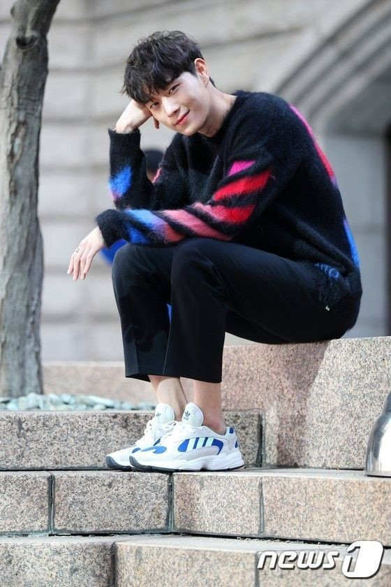 """Những """"siêu mỹ nam"""" thế hệ mới """"hot"""" nhất của điện ảnh xứ Hàn năm 2020 ảnh 5"""