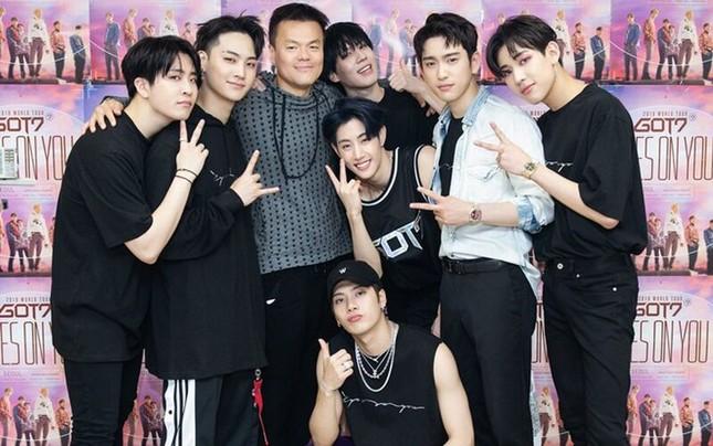 """""""Busted!"""" trở lại với mùa 3 đình đám gấp bội; Lộ diện """"siêu hit"""" đầu tiên của K-pop 2021 ảnh 1"""