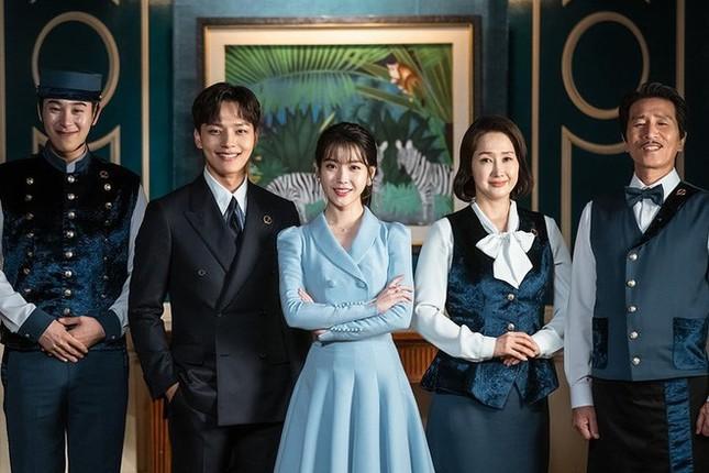 """Hotel Del Luna là có thật; Hai công ty sở hữu đại diện hàng đầu K-pop """"bắt tay"""" nhau ảnh 14"""