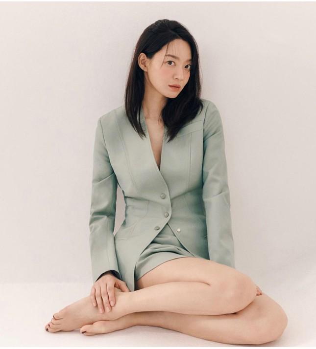 """Kim Woo Bin và Shin Min Ah: Mối tình """"chị em"""" thầm lặng nửa thập kỷ khiến cả châu Á ngưỡng mộ """"thế mới là yêu"""" ảnh 8"""
