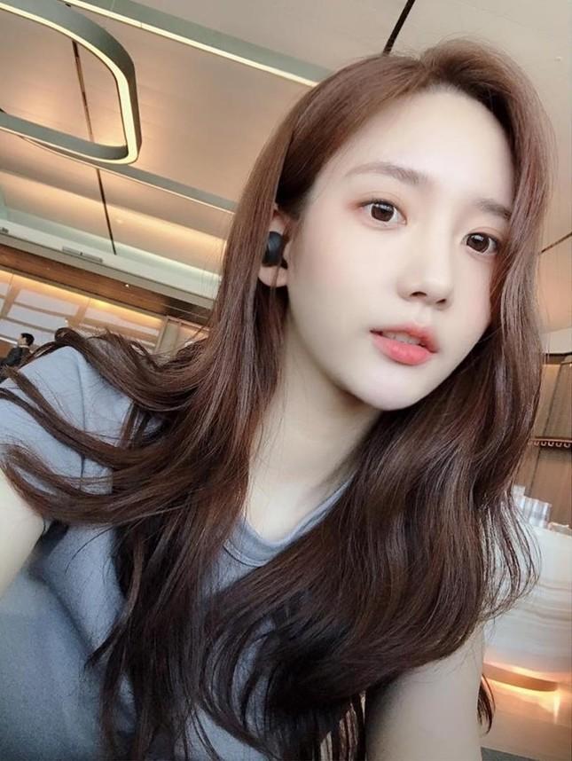 """Han Seo Hee lập kênh YouTube cá nhân đe dọa """"bóc phốt cả K-biz""""; """"Hoàng tử ballad"""" Tim kết hôn ảnh 5"""