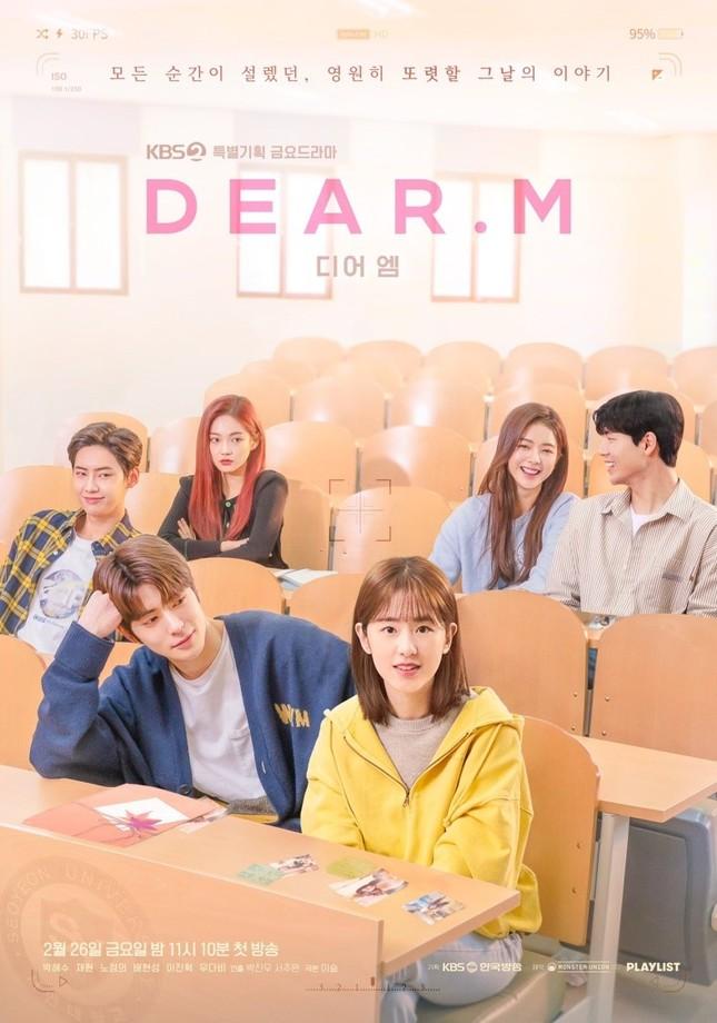 """Lisa (Black Pink) là giám khảo giải thưởng thời trang danh giá; Woonggi (TOO) bị các bạn học cùng lớp """"phốt"""" tự cao ảnh 6"""