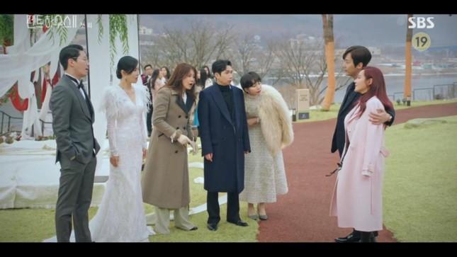 """Taeyong (NCT) phá kỷ lục Châu Á với tài khoản Instagram; Penthouse mùa 2 mở màn đã có """"biến căng"""" ảnh 1"""