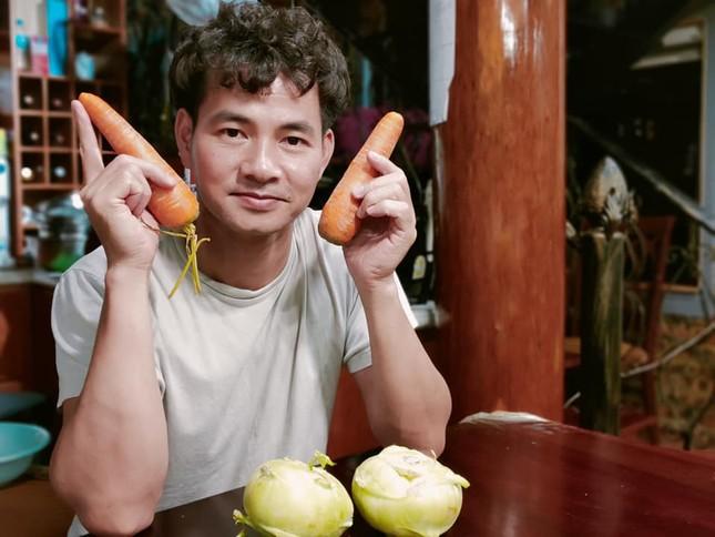 """Hàng loạt """"sao"""" Việt giải cứu nông sản Hải Dương; Sau Sơn Tùng MTP, Jack cũng dính nghi án đạo nhạc ảnh 1"""