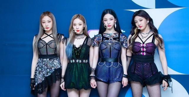 """Aespa một bước """"vượt mặt"""" Red Velvet, trở thành """"con gái cưng"""" đích thực của SM Entertainment ảnh 3"""