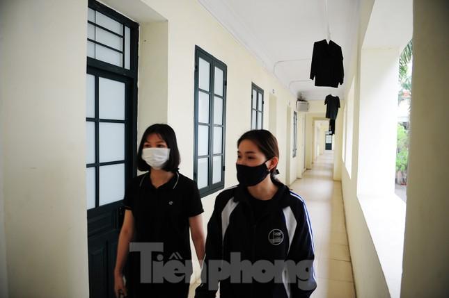 Sinh viên ở ký túc xá Mễ Trì trong những ngày 'cách ly toàn xã hội' ảnh 3
