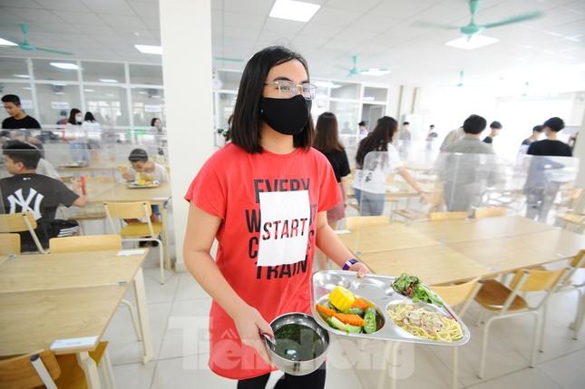 Bữa ăn bán trú của học sinh 'mùa Covid -19' ảnh 8
