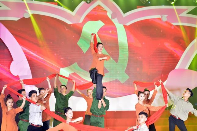 Hà Nội tuyên dương 90 đảng viên trẻ làm theo lời Bác ảnh 2