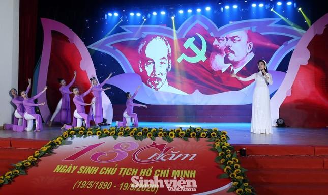 Hà Nội tuyên dương 90 đảng viên trẻ làm theo lời Bác ảnh 7