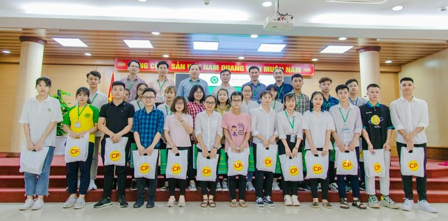 Học viện Nông nghiệp Việt Nam hỗ trợ sinh viên bị ảnh hưởng bởi dịch COVID-19 ảnh 2