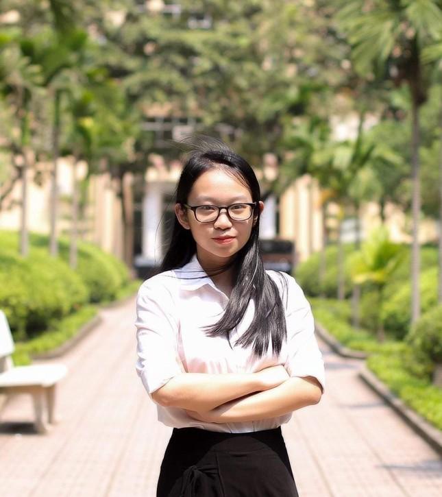 Nữ Phó Chủ tịch Hội Sinh viên đam mê nghiên cứu khoa học ảnh 9