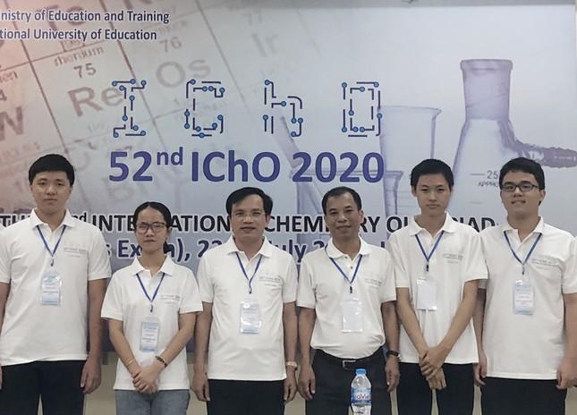 Tuyển Olympic Hoá học Việt Nam giành 4 Huy chương Vàng quốc tế ảnh 1
