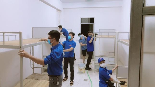 Sinh viên Hải Dương tình nguyện hỗ trợ phòng, chống dịch COVID-19 ảnh 1
