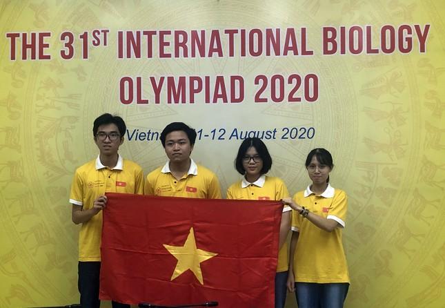 Việt Nam đoạt 4 giải tại Olympic Sinh học quốc tế ảnh 1