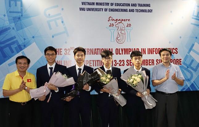 Học sinh Việt Nam giành Huy chương Vàng tại Olympic Tin học quốc tế 2020 ảnh 1
