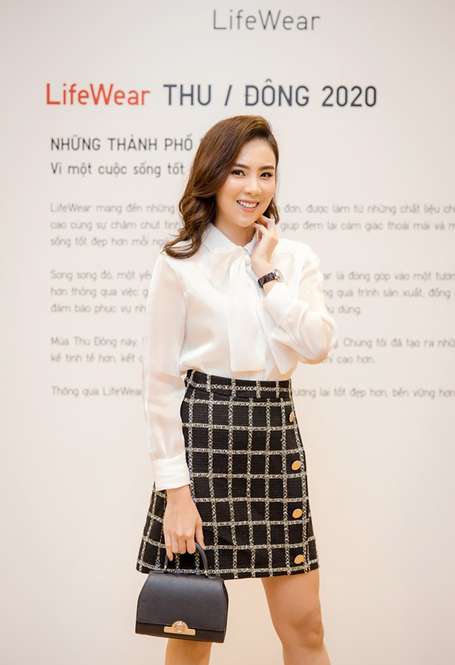Á hậu Huyền My cùng dàn KOL tụ hội sắm đồ tại Hà Nội ảnh 3