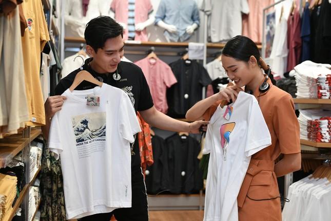 Á hậu Huyền My cùng dàn KOL tụ hội sắm đồ tại Hà Nội ảnh 4