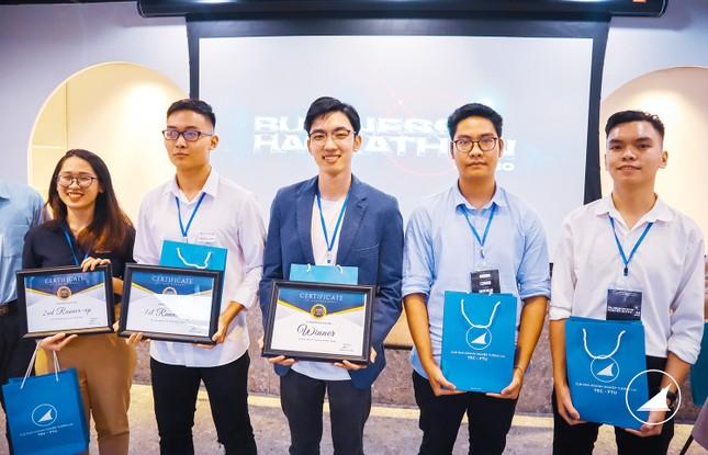 Tìm ra chủ nhân giải thưởng lớn cuộc thi Hackathon kinh doanh đầu tiên tại Việt Nam ảnh 2