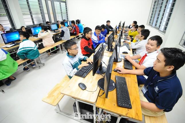 169 thí sinh tham dự vòng sơ khảo phía Bắc Hội thi Tin học trẻ toàn quốc ảnh 2