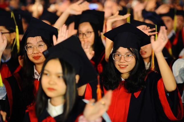 Khen thưởng 1,3 tỷ đồng cho học sinh, sinh viên Hải Phòng ảnh 5