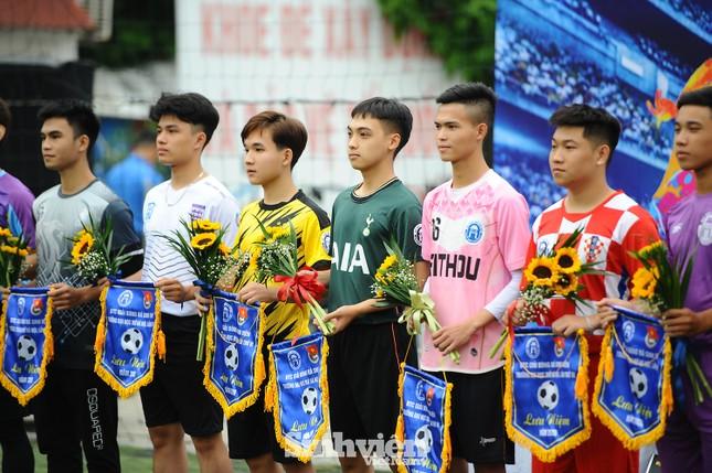Ngắm nam thanh, nữ tú ĐH Mở Hà Nội tranh tài tại giải bóng đá sinh viên ảnh 2