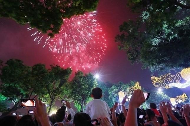 Tết Dương lịch, xem pháo hoa ở đâu? ảnh 2