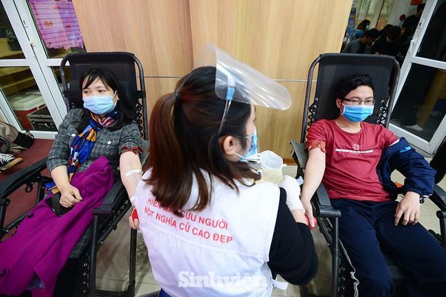 """Nữ sinh """"Sao Tháng Giêng"""" tham gia hiến máu tình nguyện vì cộng đồng ảnh 2"""