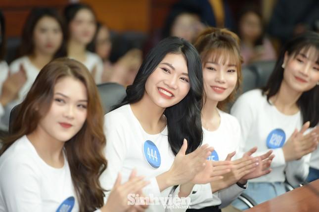 """Dàn thí sinh """"Hoa khôi sinh viên 2020"""" hội tụ tại Hà Nội ảnh 3"""