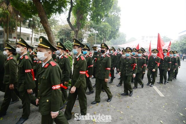 """Hàng ngàn sinh viên diễu hành hưởng ứng """"Chủ Nhật Đỏ"""" 2021 ảnh 6"""