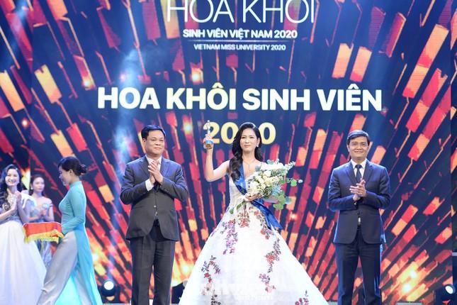 Nữ sinh ĐH Nam Cần Thơ đăng quang Hoa khôi Sinh viên Việt Nam 2020 ảnh 2