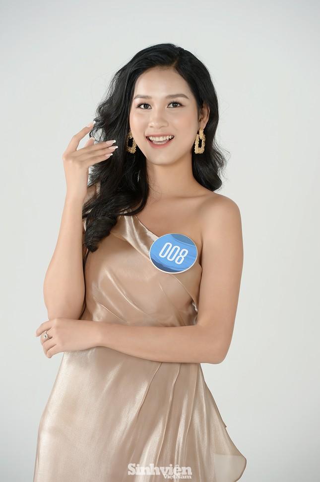 Nhan sắc rạng ngời của nữ sinh viên giành vương miện Hoa khôi Sinh viên Việt Nam 2020 ảnh 9