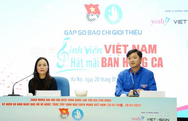"""Ca sĩ Erik, Min đồng hành với cuộc thi """"Sinh viên Việt Nam - hát mãi bản hùng ca"""" ảnh 1"""