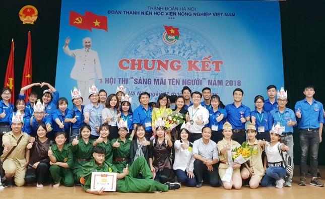 Đoàn Thanh niên Học viện Nông nghiệp Việt Nam nhận Huân chương Lao động hạng Nhì ảnh 1
