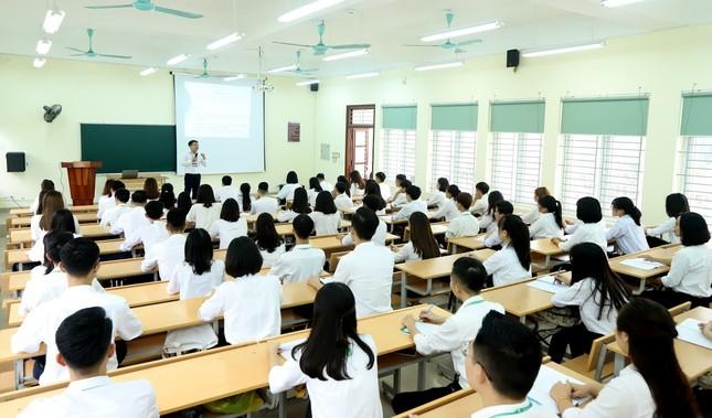 Đoàn Thanh niên Học viện Nông nghiệp Việt Nam nhận Huân chương Lao động hạng Nhì ảnh 2