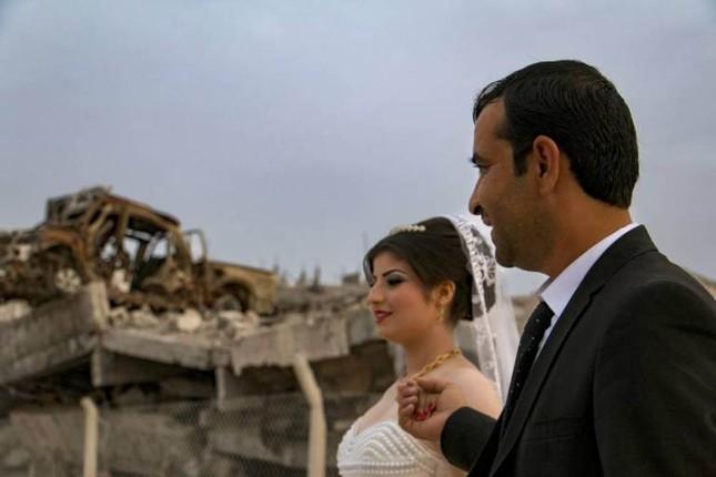 Cảm động đám cưới đầu tiên tại Syria sau khi IS rút lui ảnh 3