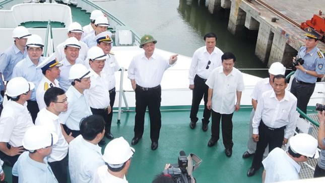 Trang bị tàu kiểm ngư lớn nhất Việt Nam ảnh 1