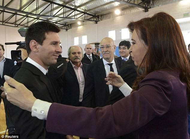 Messi được chào đón như người hùng ở Argentina ảnh 1