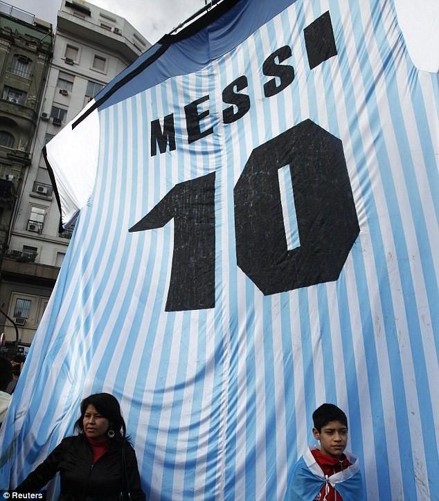 Messi được chào đón như người hùng ở Argentina ảnh 4