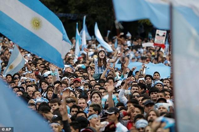 Messi được chào đón như người hùng ở Argentina ảnh 5
