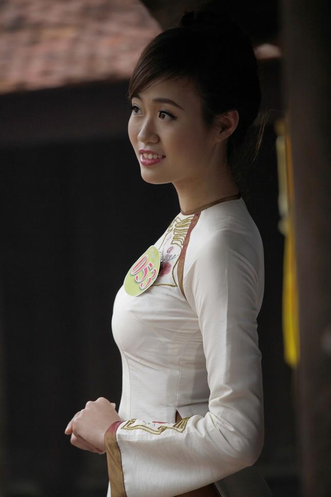 Người đẹp Kinh Bắc thăm Chùa Bút Tháp ảnh 8