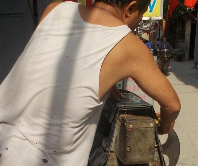 Cận cảnh sản xuất nước mía 6.000 đồng tại Hà Nội ảnh 4