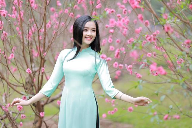 Nữ sinh Việt Nam ấn tượng khoe nụ cười tỏa nắng ảnh 5