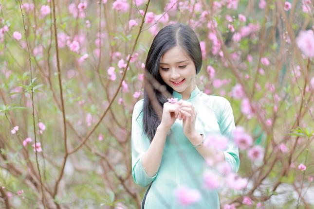 Nữ sinh Việt Nam ấn tượng khoe nụ cười tỏa nắng ảnh 8
