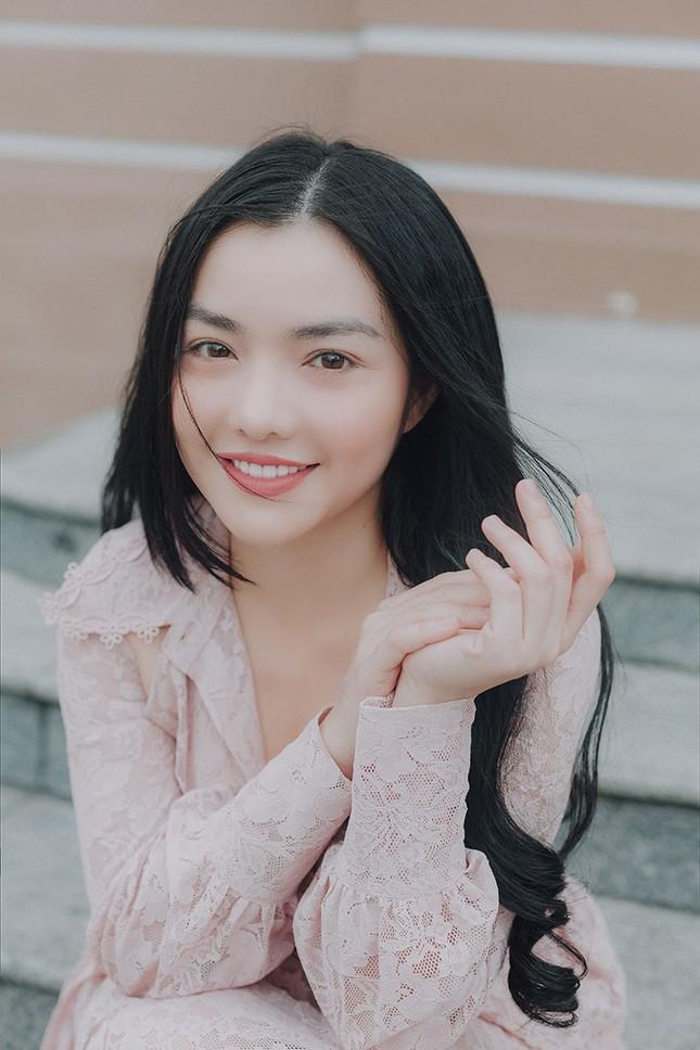 Hồng Kim Hạnh 'lột xác' sau vai diễn trong 'Tiệm ăn dì ghẻ' ảnh 1