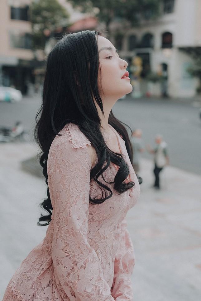 Hồng Kim Hạnh 'lột xác' sau vai diễn trong 'Tiệm ăn dì ghẻ' ảnh 3