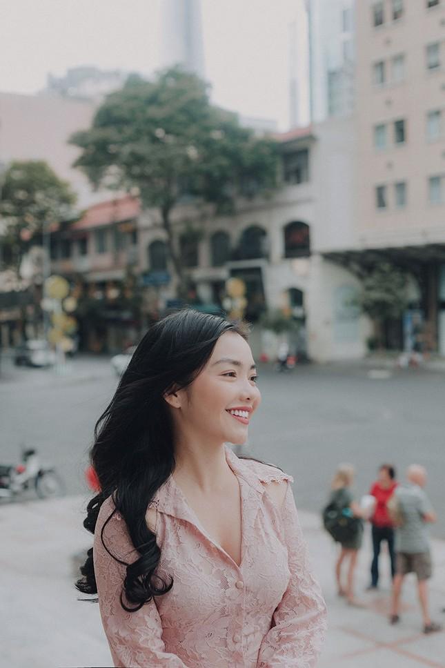 Hồng Kim Hạnh 'lột xác' sau vai diễn trong 'Tiệm ăn dì ghẻ' ảnh 5