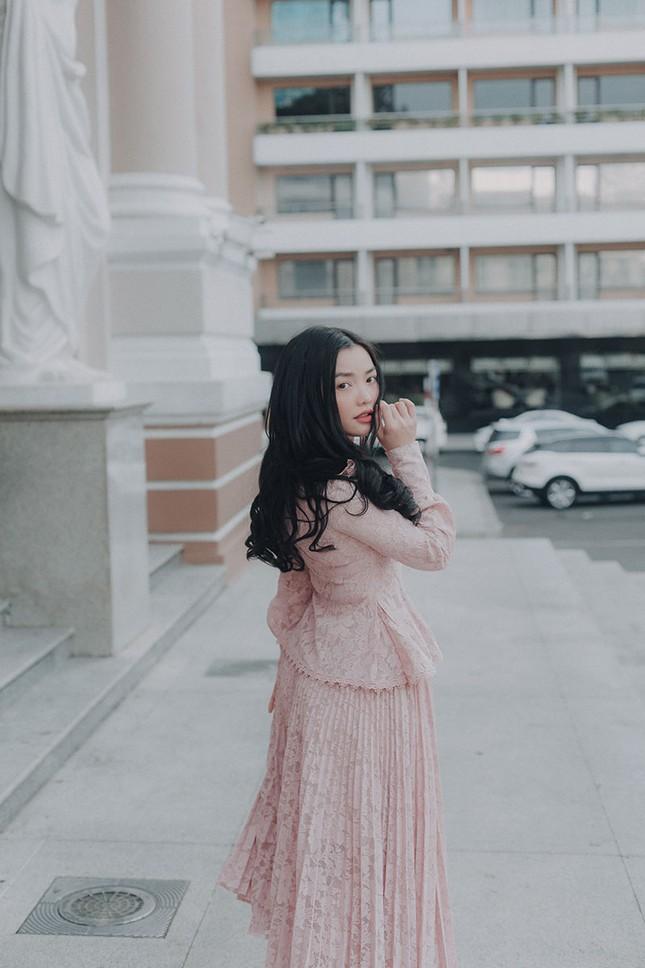 Hồng Kim Hạnh 'lột xác' sau vai diễn trong 'Tiệm ăn dì ghẻ' ảnh 7